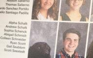 她在畢業紀念冊裡發現有「狗狗同學」,背後有最感動人心的可愛故事!