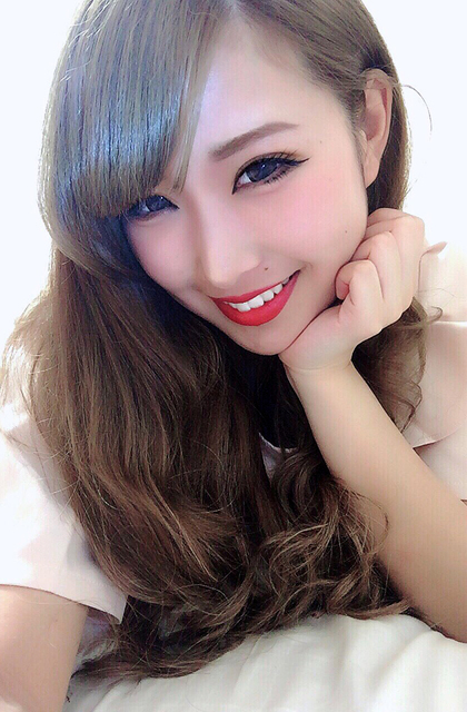 日本女主唱上傳「卸妝前後照」破壞人類信任,震驚程度可以把植物人嚇醒。