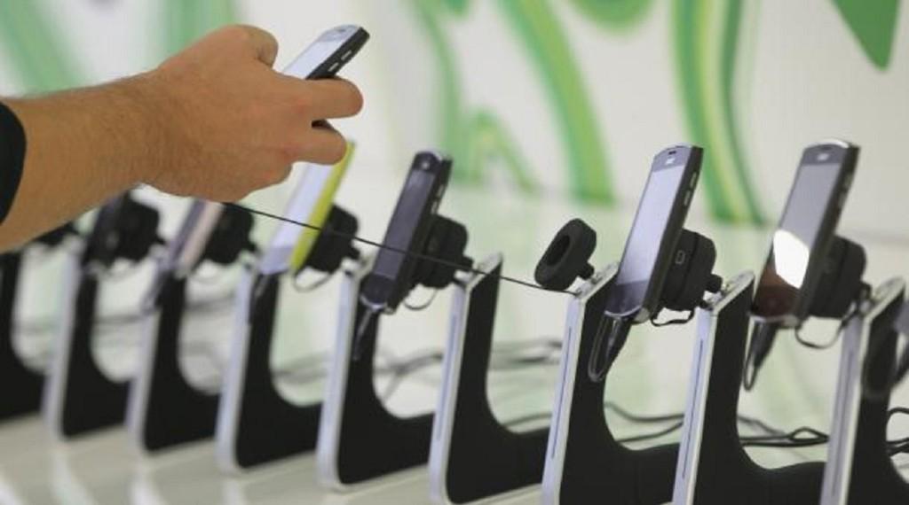 最新研究證實:智慧型手機害你「變笨」!即使關機也一樣!