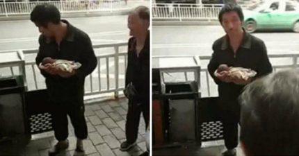 中國父母狠心將「健康」寶寶丟到垃圾桶裡!就因為「害怕不會健康」!