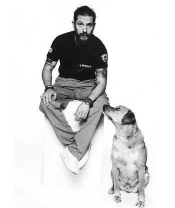 湯姆哈迪的愛犬離世,「我們會再見面的」超感人的洋蔥紀念信感動全網路!