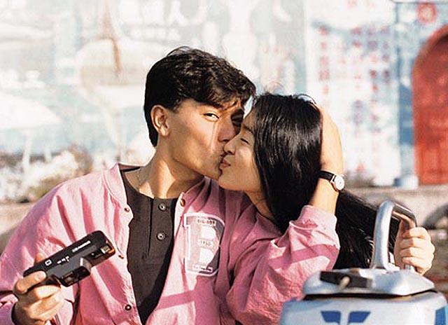 劉德華「奪去她初夜」跟她秘密結婚,但小三朱麗倩介入「讓她恨到現在」...