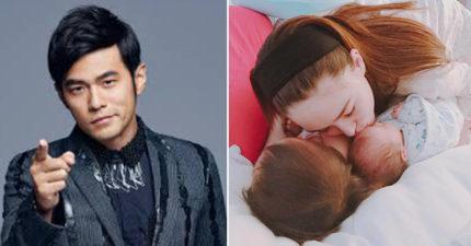小周周全身照曝光!媽媽跟兒女都有著混血紅髮「昆凌帥氣爸爸曝光」基因太強大!