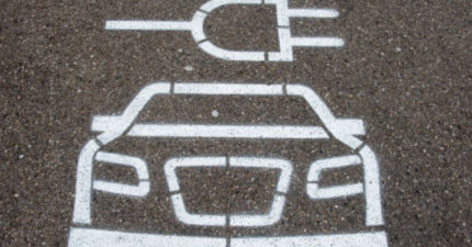 汽油車殺死4萬人?!英國宣佈2040年起「禁售柴油和汽油車」!
