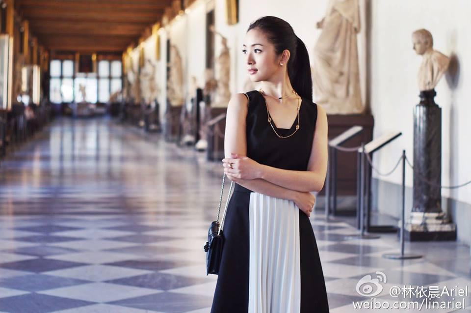 林依晨頒獎典禮介紹「我來自台灣」被陸網友砲轟,「女神高EQ回應」讓酸民都跪了!