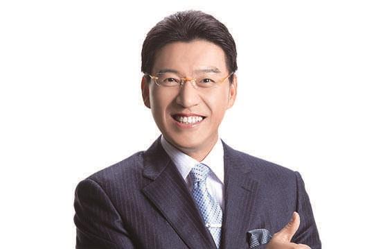多年來在背後默默支持著他,謝震武賢妻「最狂真實身份」曝光!