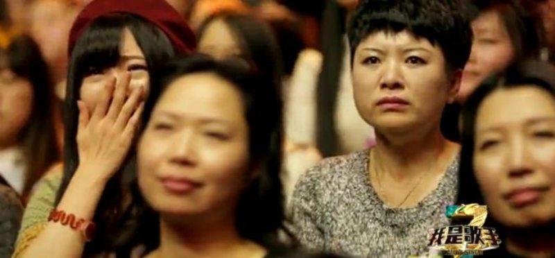 選秀節目的假觀眾「表情帝、流淚姐」酬勞到底多少?一場比你幾天的薪水還多!
