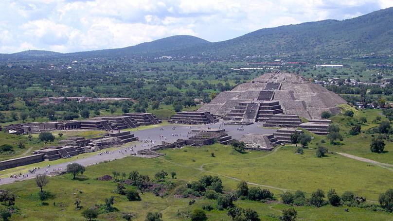 墨西哥金字塔下發現「通往地獄」神秘隧道!「西元前3世紀古文明真相」考古專家解答了!