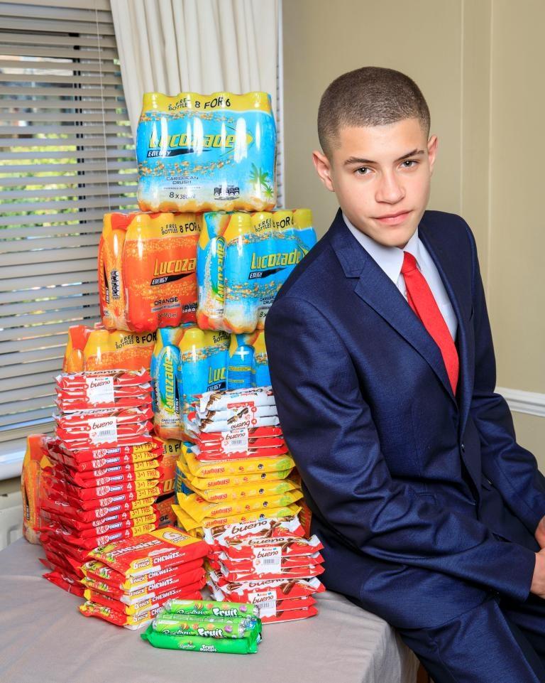 15歲少年在學校男廁用200元創業,最後每年爽賺200萬!