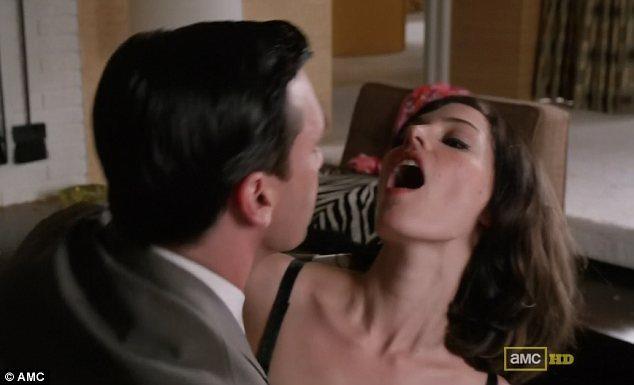 愛愛到一半「穴穴狂放屁」,醫師揭「5大陰吹原因」有味道是警訊!