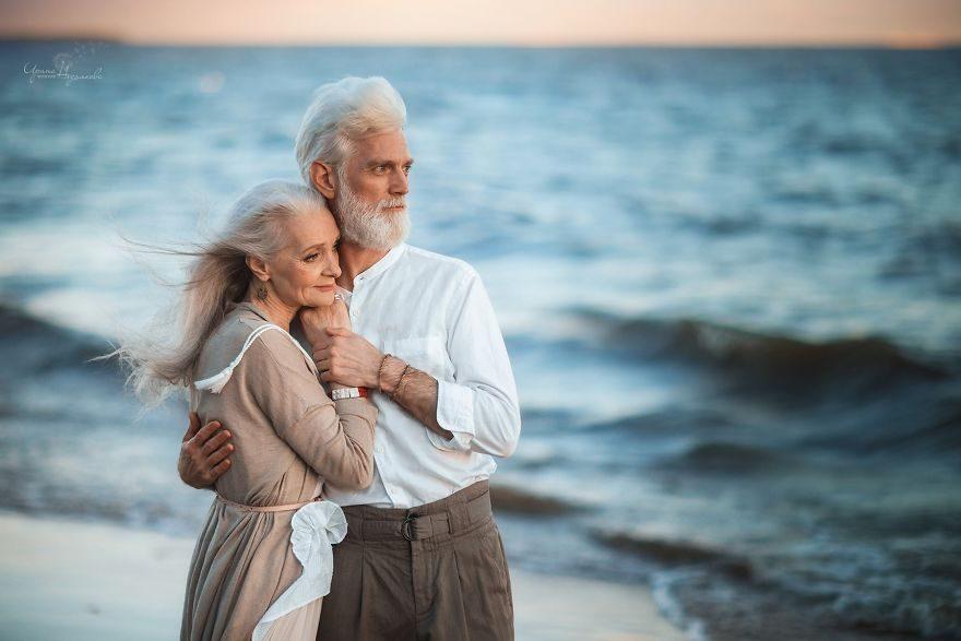 這對「白頭偕老」擁有真愛的可愛老夫妻,「捕捉到奇蹟」讓你知道真愛會戰勝時間!(12張)