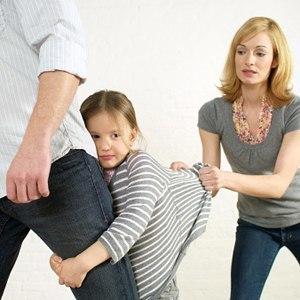 廁所傳「嗯嗯啊啊」...女兒驚見老爸挺大G...爸爸回嗆!