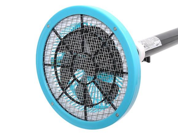 紋子飛太快電蚊拍都打不到?超創新「吸蚊棒」一開啟就把蚊子吸到四分五裂!