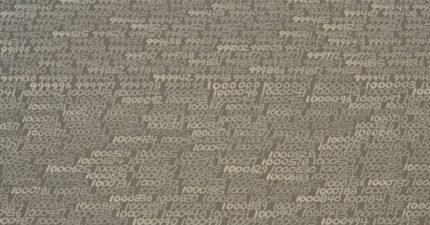 藝術家花46年「從1開始寫到∞『無限』」,但後來作品卻「沒有數字」!他解釋...(影片)