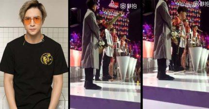 他們指示我投票!歌手薛之謙Live「狠揭節目黑箱」,霸氣怒摔麥克風走人!(影片)