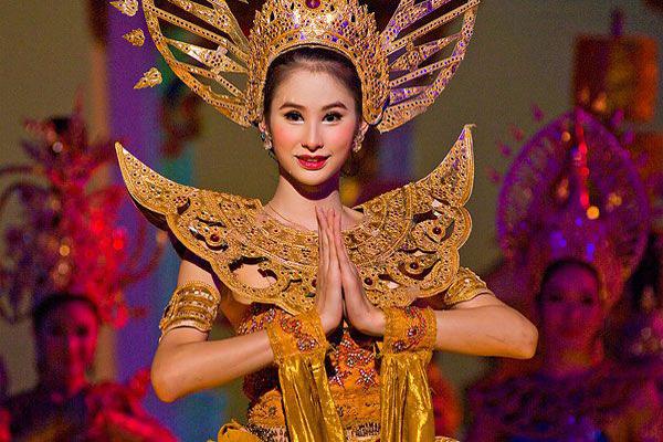 泰國人妖怎麼愛愛?原來要戴上這個器具!