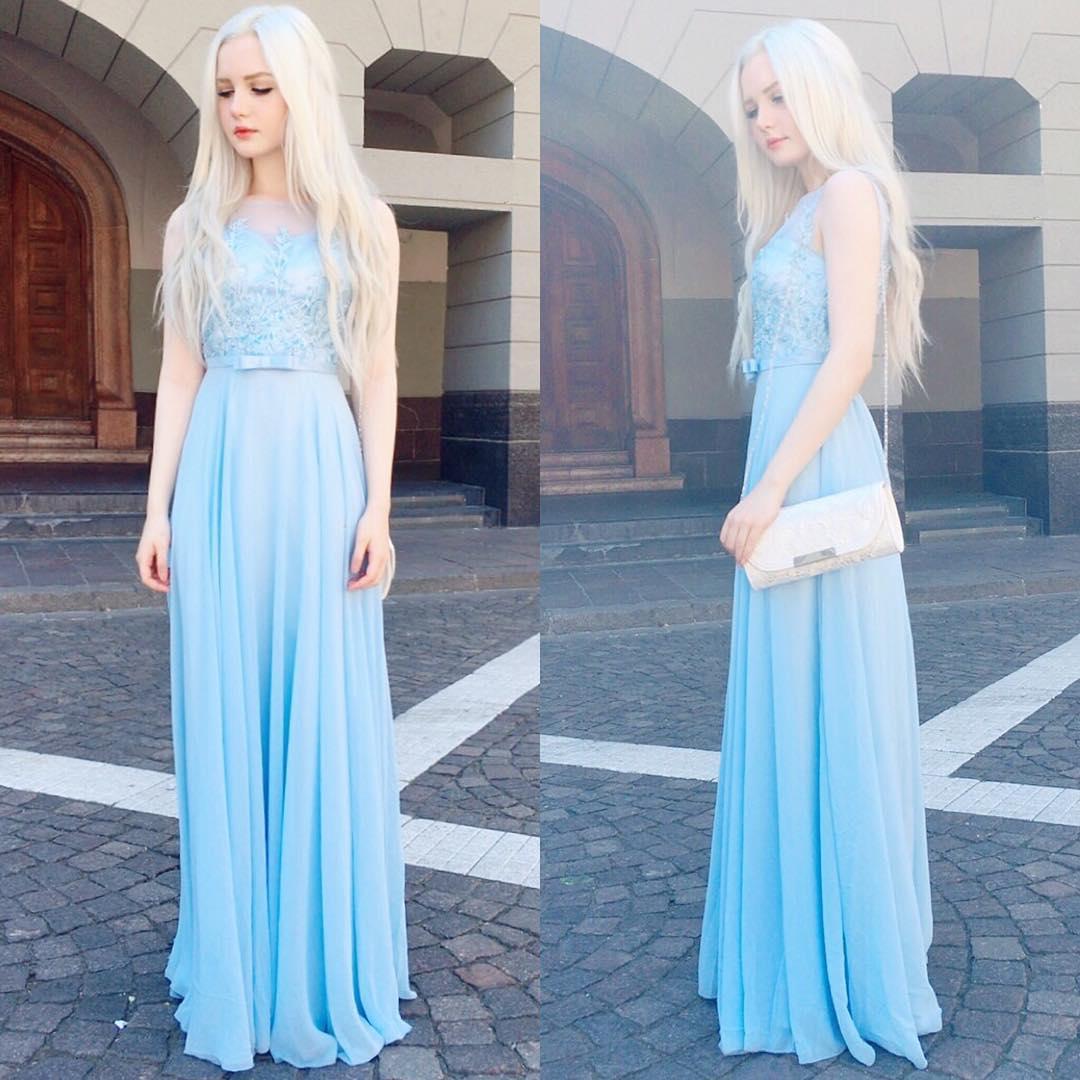 混血正妹穿和服宛如「白精靈下凡」,「真人版艾莎時裝照」讓人一眼就想跟她求婚!