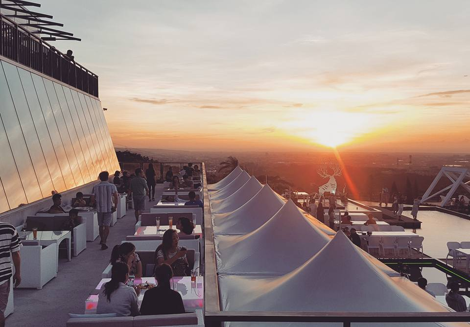 5家全台有氣氛有美景「告白求婚成功率100%」的景觀餐廳,#3夜景加美食絕配!