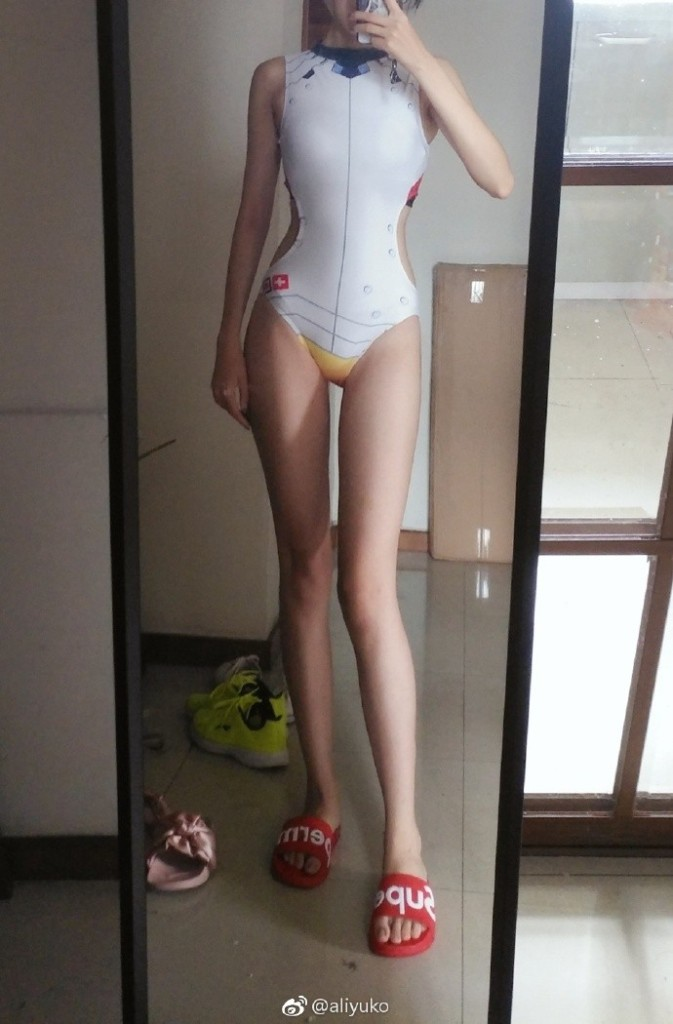 中國「176cm長腿正妹coser」爆紅 「腿長=別人胸部高度」超正臉蛋曝光!