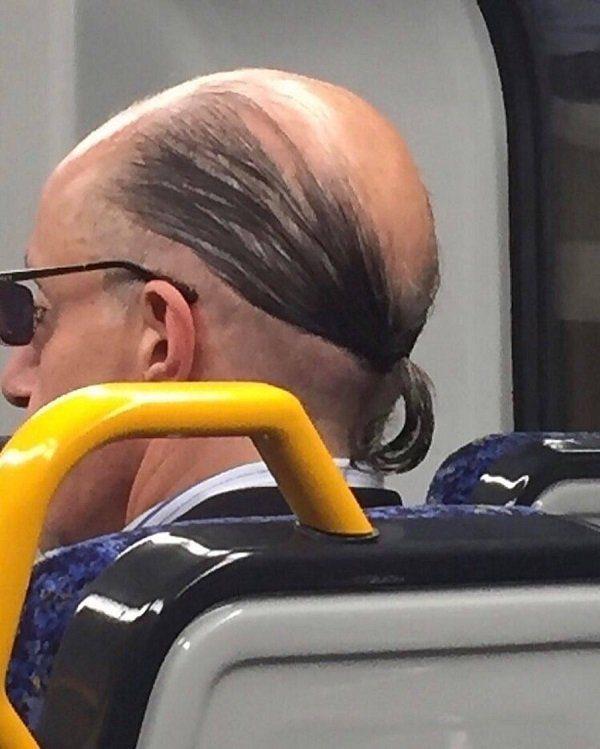 25個已經被理髮師「放棄了」的超悲哀髮型!#5 五個人結合才會出現圖案!