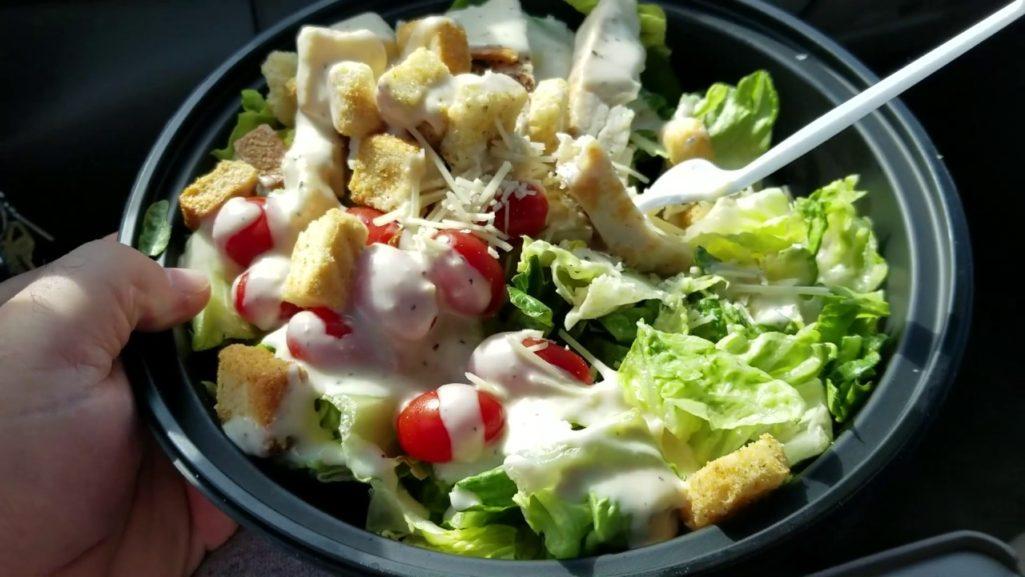 20歲女「吃好市多雞肉沙拉」吃到換腎!律師:她一輩子無法生孩子了