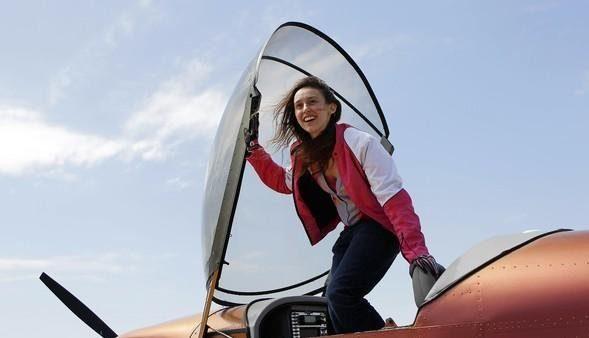 哈佛認證:下一個愛因斯坦!女天才「14歲造飛機」3年麻省理工滿分畢業連NASA都搶著要!