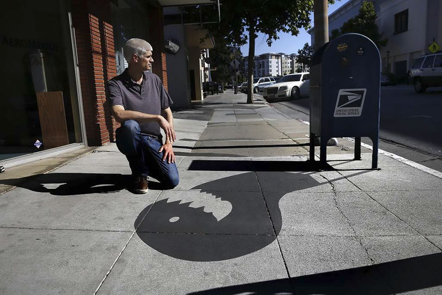 他在城市裡胡亂改變「影子」,把路人全都快搞瘋了!(19張)