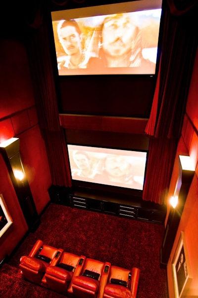 身價300億不敗拳王「3億頂級豪宅內部照」曝光!「2層樓奢華家庭劇院」讓外面電影院都遜掉了!(25張)