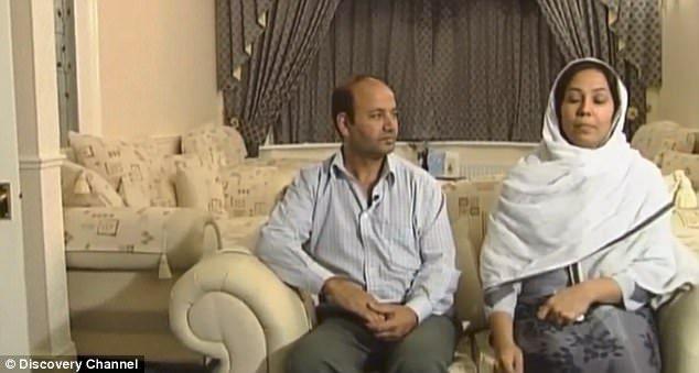 女兒被殺後父母上電視接受訪問,父親一個身體小動作被身體語言專家抓包!