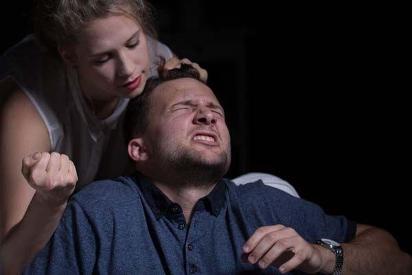 女友卸妝嚇死人,男友崩潰不能退貨還被「殺死你全家」威脅。