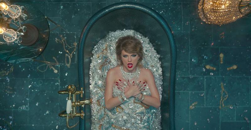 變成喪屍、1:53爆乳裝!泰勒絲轉型新MV《看你讓我做了什麼》,她「暴力抹殺」過去的自己...
