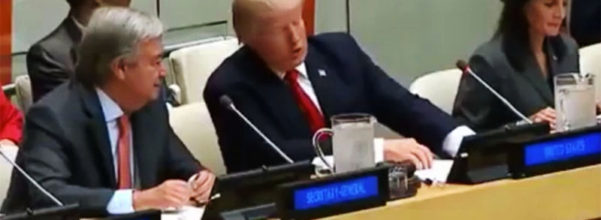 川普「不懂紅色按鈕幹嘛用」狂問隔壁,全世界都應該要擔心了...(影片)