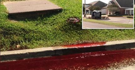 惡靈作祟?殯儀館「狂滲血」流到大街上!整整20分鐘「血流成河」!