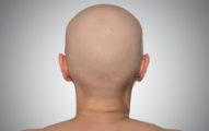 俄羅斯正妹曾「脫髮禿頭」喪失自信,現在頂著超美「106公分紅髮」變成現實世界中的「長髮公主」!