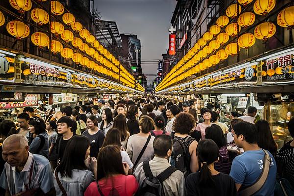 台灣夜市只有台灣人敢吃!台灣必去夜市被外國人嫌棄髒螂、老鼠為患,遊客:夜市真的很髒很噁心!(影片)