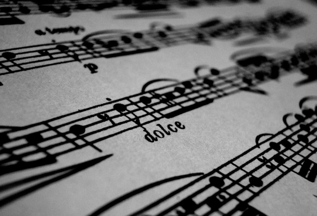 你聽超好聽音樂時會「雞皮疙瘩」嗎?有這個反應就代表你的大腦比較特別!