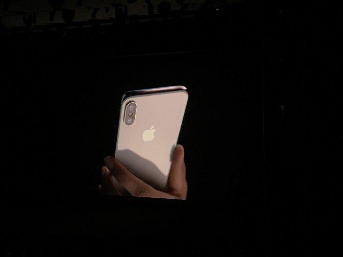 iPhone X下月開放預購!你唯一需要知道的「4大最酷亮點」讓你知道它到底在貴什麼!(實物影片)