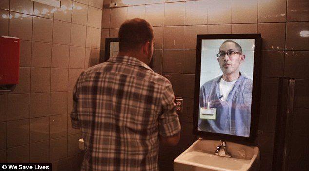 鏡子中反射出的不是自己!他一開口就「拯救了無數人生命」!(影片)