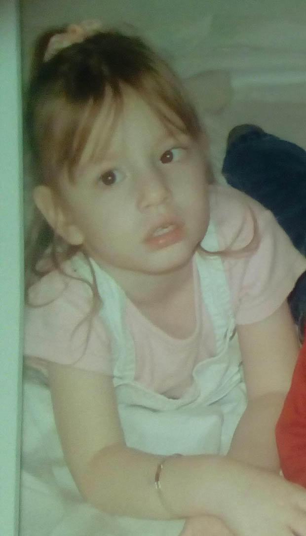 女童2週大時被親了一口,4年後「終生癱瘓」!現在13歲比死還慘!