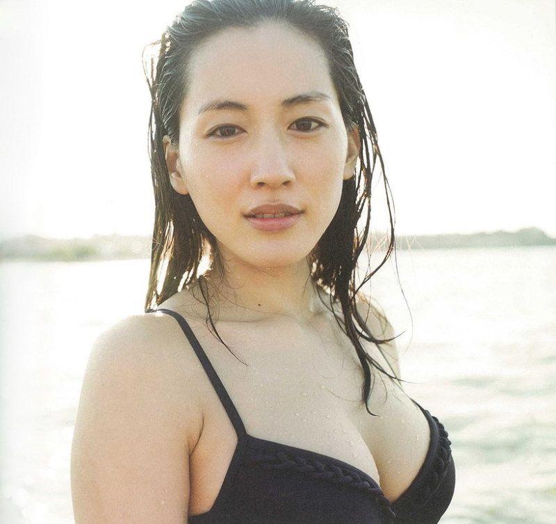 10個日本男網友票選「最理想身材」女星!第一名竟然是「貧乳」?!