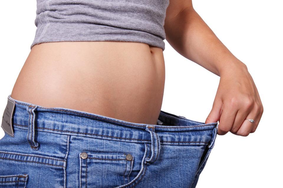 肥胖者有福了!以後貼上「神奇減肥貼片」,不用運動吃藥就能「輕鬆溶解脂肪」!