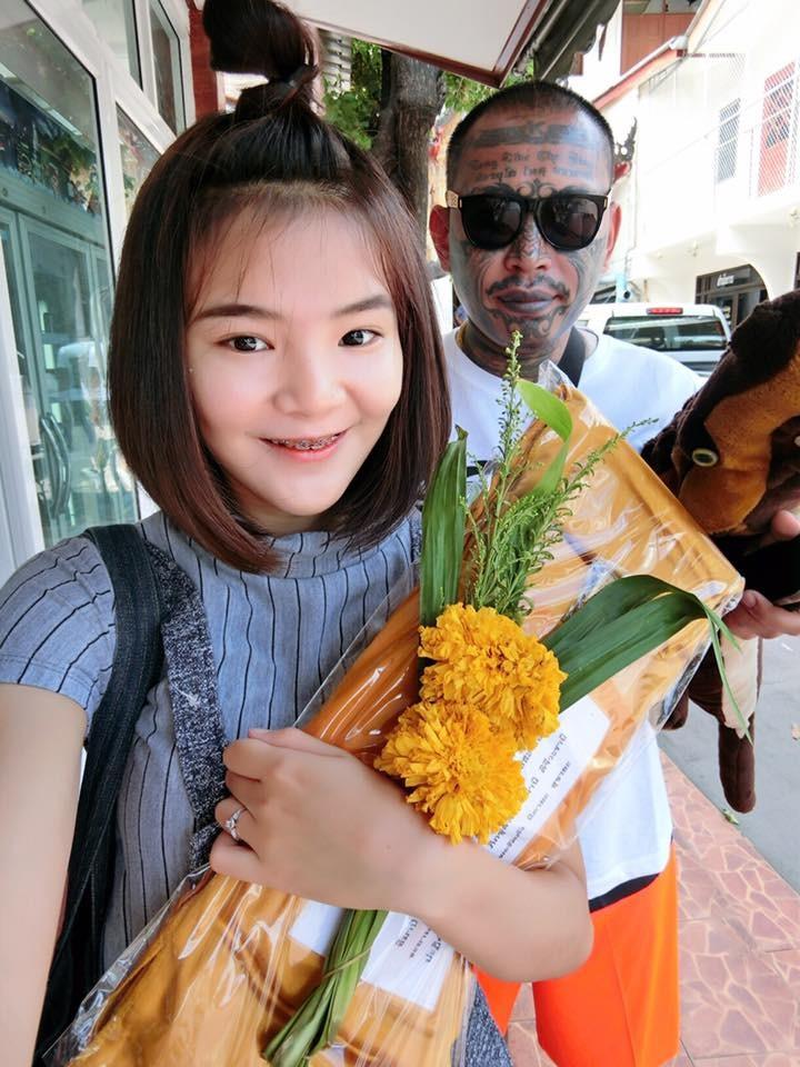 泰國網紅整形完「豬頭臉」照血拚,復原後證明一切都值得的!