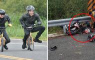 重機騎士過彎煞車不及...連人帶車塞進護欄「腿凹成O字型」現場頭皮都發麻了!