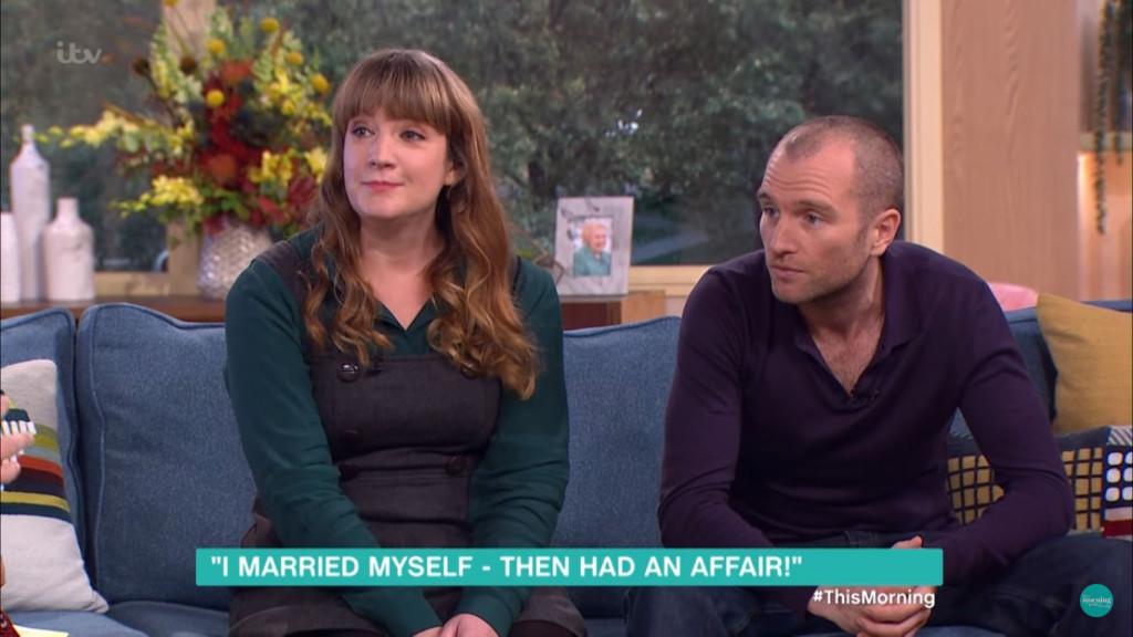 女子痛恨男人最後決定跟自己結婚,沒想到過沒多久就「批腿自己」了...