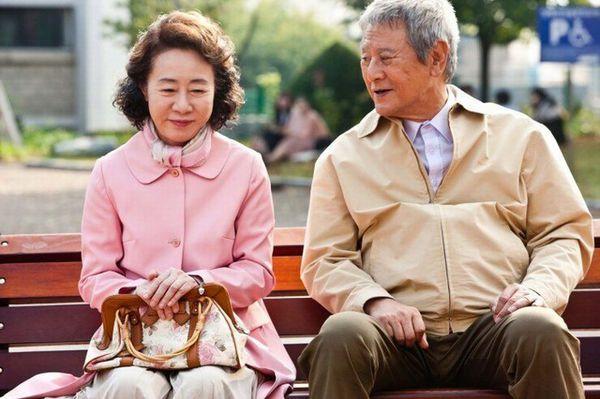 「老人」最有空但又什麼都急?網友解答:「從年輕就這樣」突破愛搶盲點!