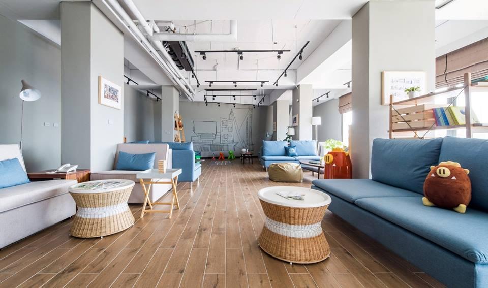 「最美白色幾何旅館」在嘉義!老外都狂PO文分享,超夯「親子主題房」內建帳篷和溜滑梯!