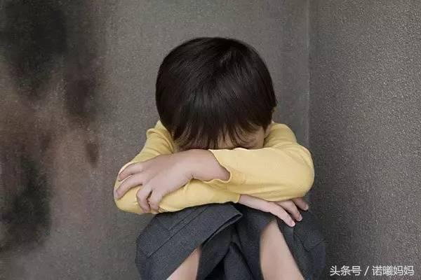 6歲男童遭噁父「摸GG」3年457次,鼓起勇氣說出口,媽媽:因為愛你才摸你!