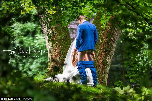 新婚夫妻被拍下等不及洞房之夜,直接在樹林裡「口愛解慾火」的火熱親密照!攝影師:媽媽提議的