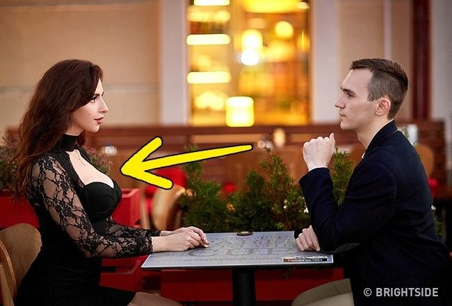12個只能怪男生太笨沒發現的「女生絕對煞到你」肢體語言。太常「舔嘴唇」可能沒那麼喜歡你...