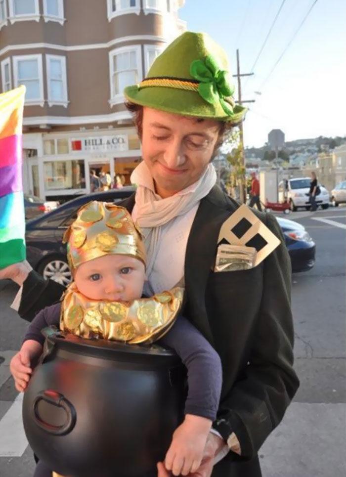 30張證明「小孩就是最完美材料」的超狂創意萬聖節親子裝扮!